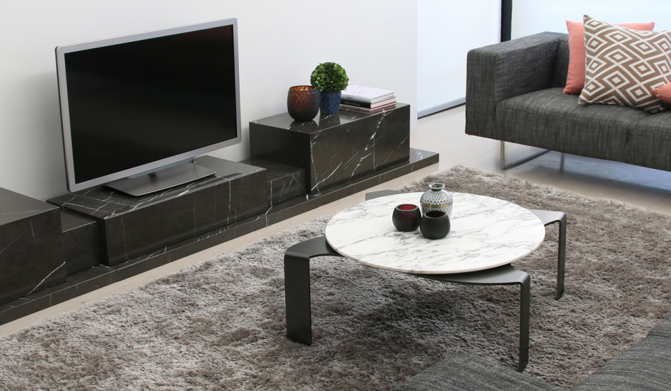 CALACATTA MARBLE AND METAL LACQUERED