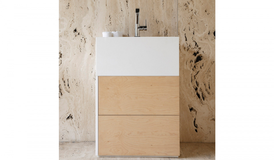 Thassos marble and maple wood